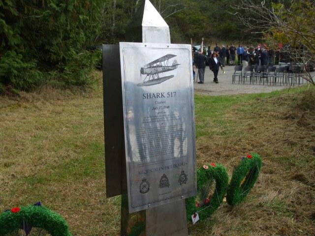 Plaque mounted on obelisk