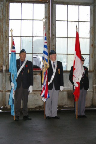 101 Colour Party_319x480